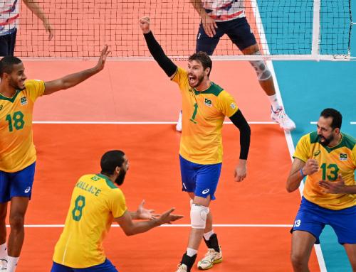 Brasil joga bem, vira para cima dos EUA e encaminha vaga para as quartas no vôlei masculino